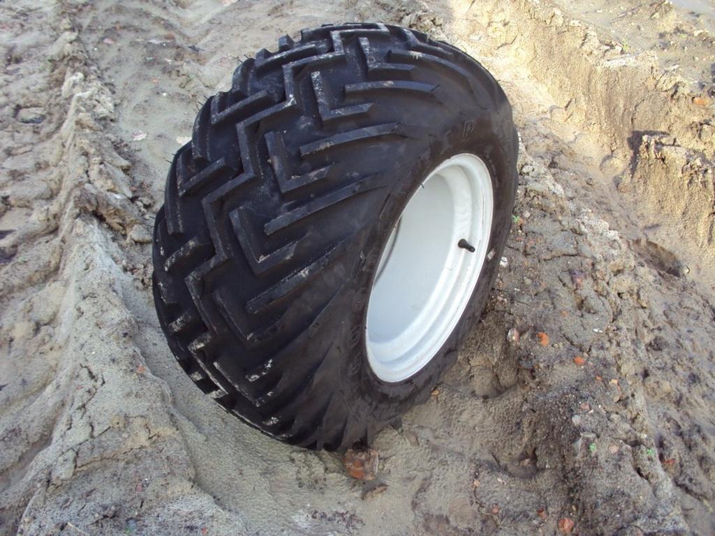 diverse-tractorwielen-trekkerbanden-kleine-maten-s