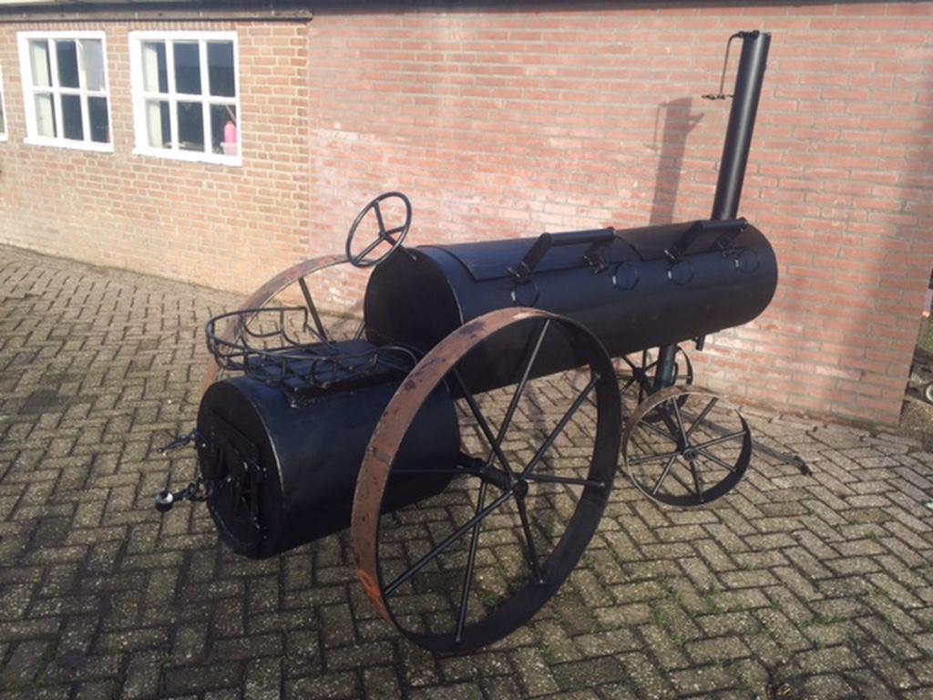 smoker-tractor-smoker-tractor
