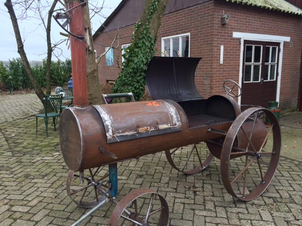 nostalgische-smoker-oldtimer-tractor
