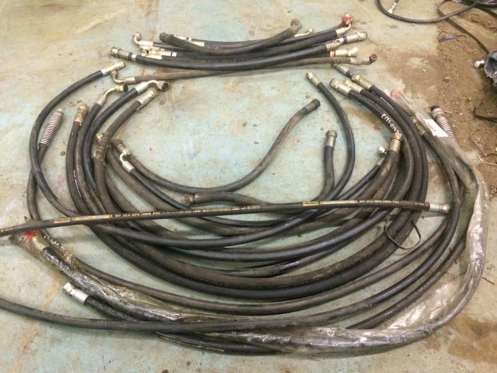 bva-veiling-hydrauliek-hydrauliek-slangen-met-koppelingen-bva