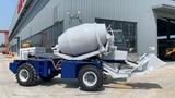 Miniaturansicht von 2.0CBM Self-Loading Concrete Mixer Truck